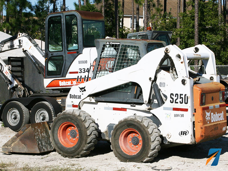 Skid-Steer-GPS-Locator